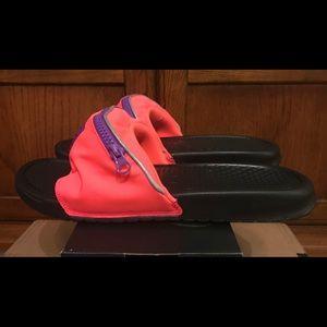 4b7795000b1e Nike Shoes - Nike Benassi JDI Fanny Pack Slides Mens Sz 11 NEW